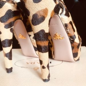 Prada Calf Skinned Cheetah Heels Euro 7.0